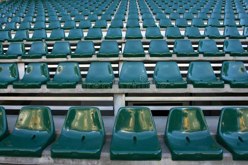 Download 空的体育场 库存图片. 图片 包括有 公共, 椅子, 线路, 足球, 对象, 欢呼, 许多, 澳洲, 竞技场 - 175091
