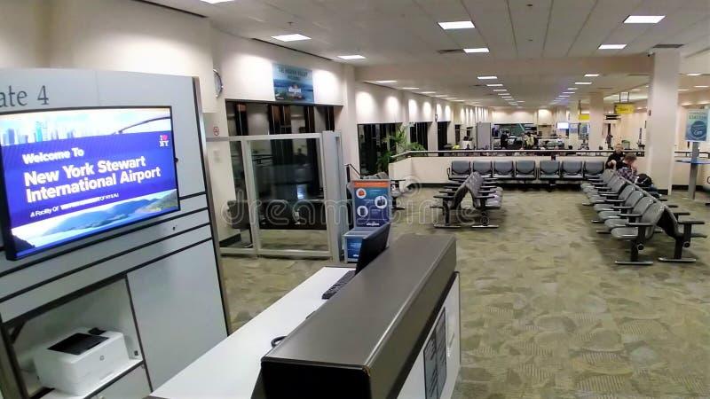 空的全球机场感恩前夕2018年 免版税库存图片