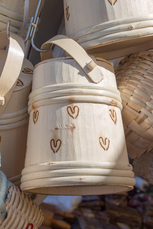 空的木篮子待售 图库摄影