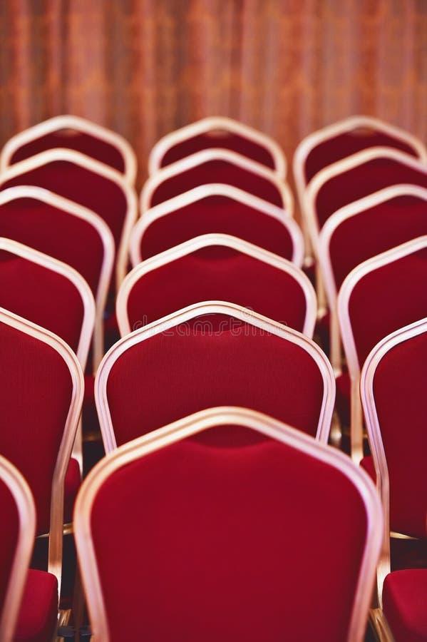 空的椅子在会议和事件室 库存照片