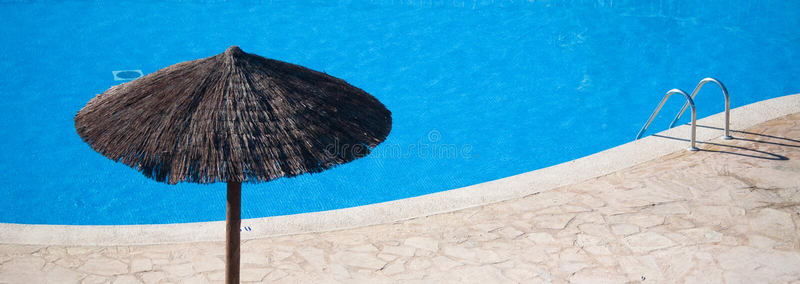 空的池游泳 免版税库存图片