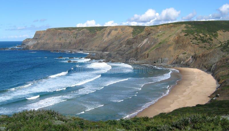 Download 空的海滩 库存照片. 图片 包括有 海滨, 天空, 海运, 海岸, 通知, 全能, 火箭筒, 沙子, 孤独, 葡萄牙 - 193258