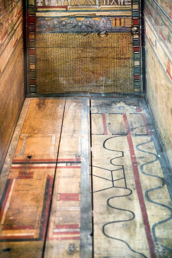 空的石棺在大英博物馆 库存图片