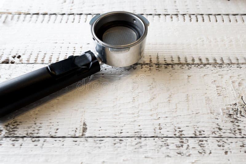 空的社团领袖 咖啡机器的零件,您的地方grinded咖啡做浓咖啡 早餐和家庭设备 库存照片
