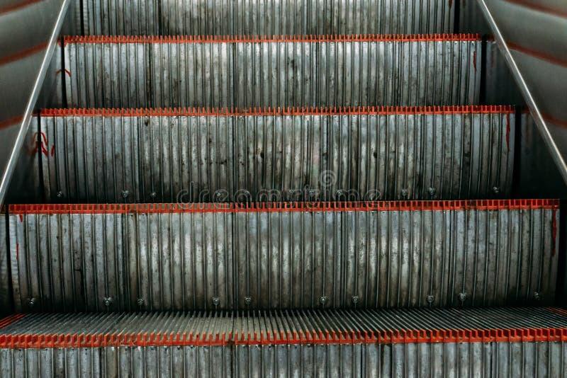 空的自动自动扶梯或电梯步 库存照片