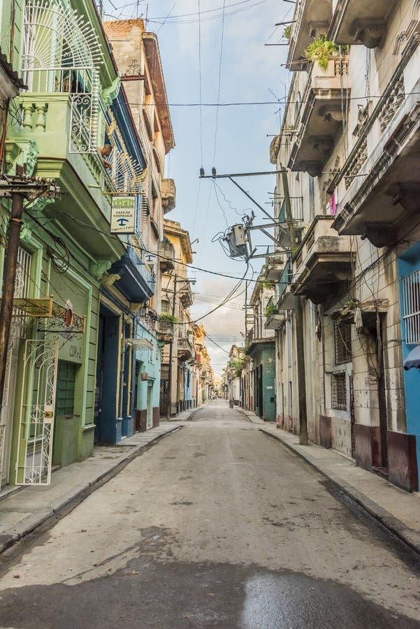 空的街道在哈瓦那旧城 库存图片