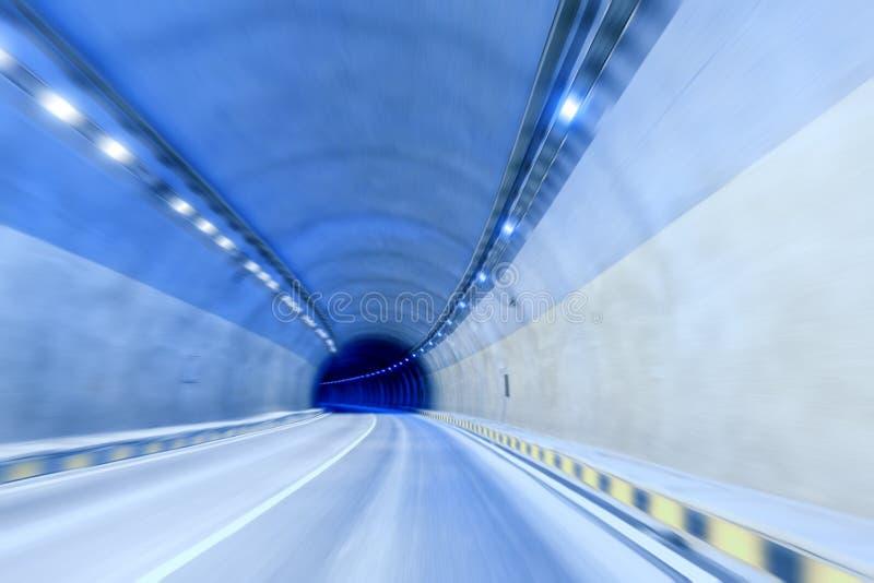 空的高速公路隧道 免版税库存照片