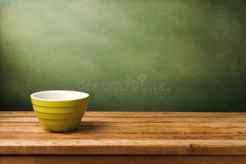 空的绿色碗 免版税库存照片