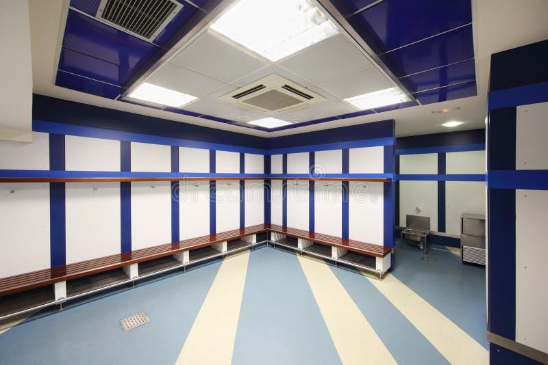 空的更衣室在圣地亚哥Bernabeu体育场内 免版税库存照片