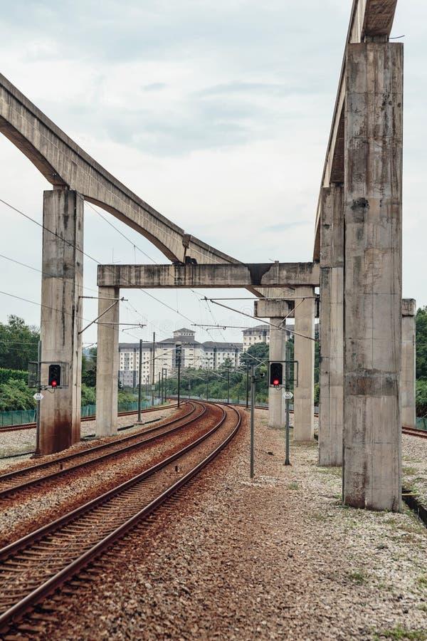 空的KLCC铁路近的驻地在吉隆坡,马来西亚 库存照片