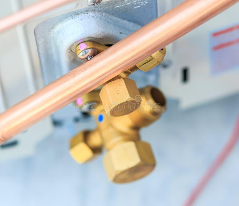 空调器安装过程 免版税库存图片