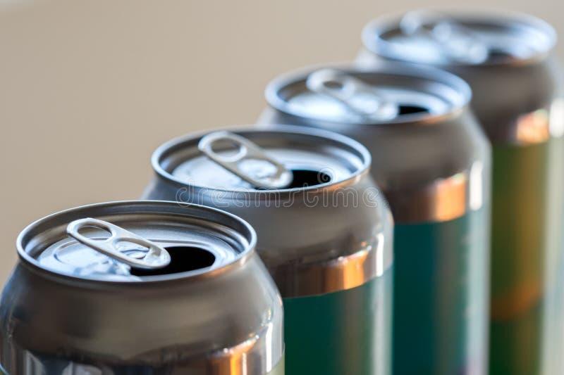 空铝啤酒饮料罐头特写镜头回收 免版税库存图片