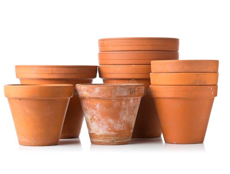 空,被堆积的,半新赤土陶器种植在丝毫的小组罐 库存图片