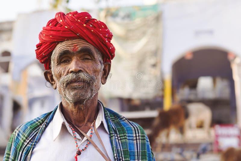穿传统头巾的Rajasthani人在普斯赫卡尔,印度 免版税图库摄影