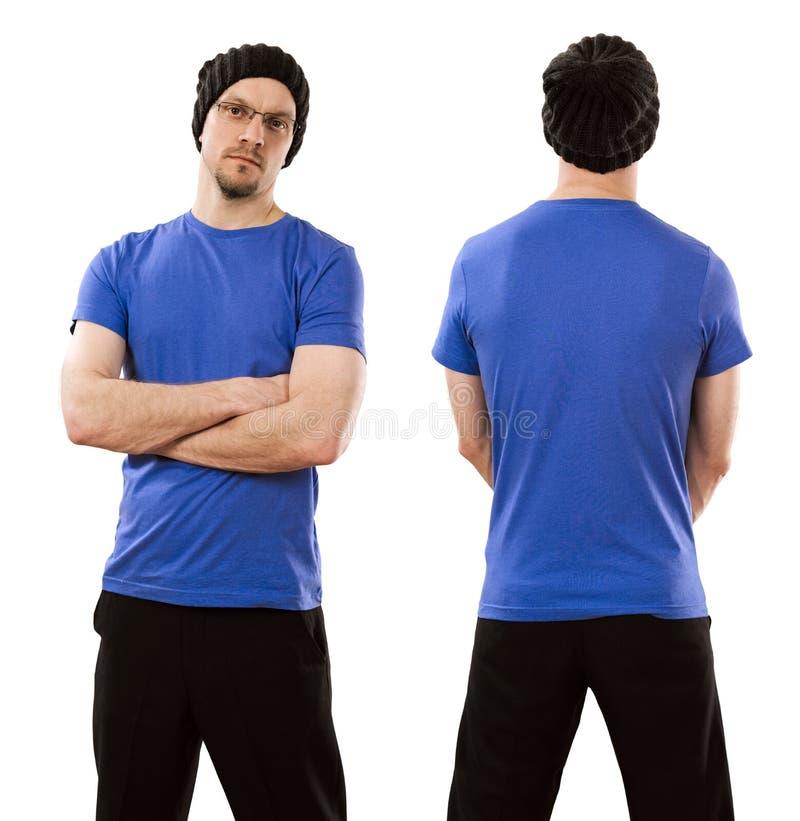 穿空白的蓝色衬衣的人 免版税库存照片