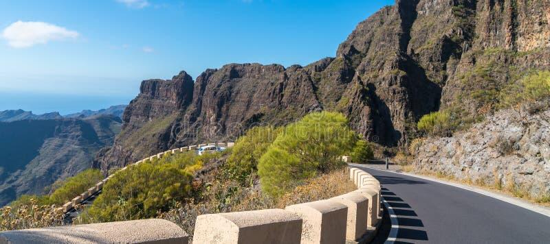 窄路在特内里费岛,西班牙 图库摄影