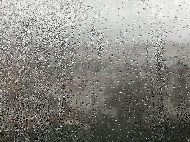窗口和雨 库存照片