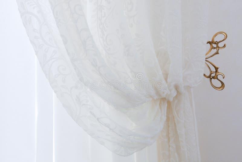 窗帘透明白色 免版税库存照片