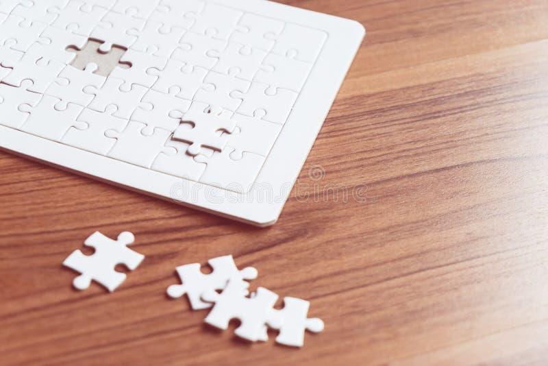 竖锯挑选为浓缩企业的选择的前种解答 免版税库存图片