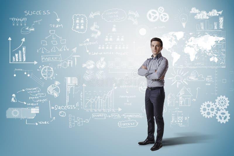 站立反对企业概念背景的创造性的商人 向量例证