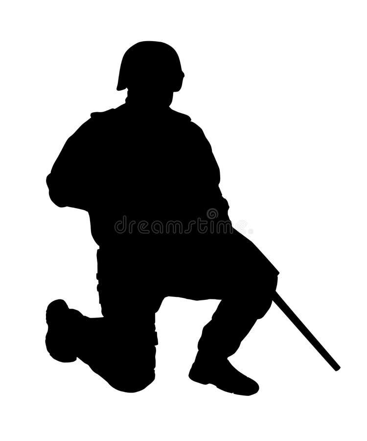 站立在一个膝盖传染媒介剪影的拍打狙击手 皇族释放例证