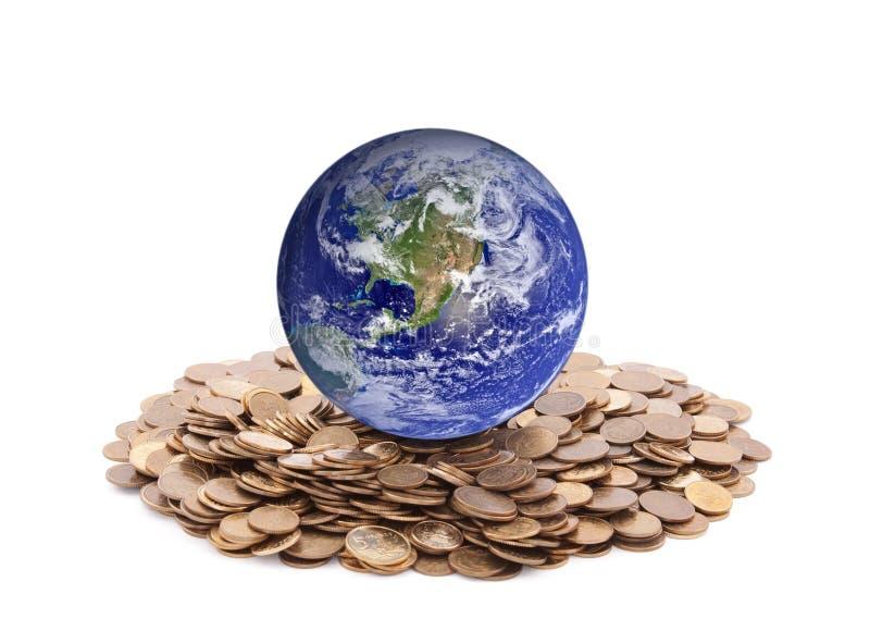 站立在金钱的世界 库存照片