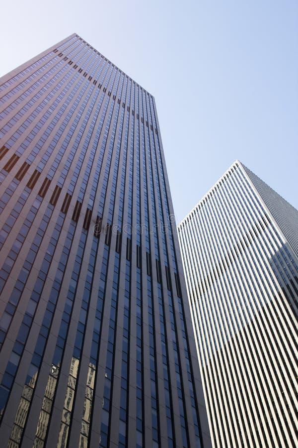 站立摩天大楼钢门面现代美国的钢高 免版税库存照片