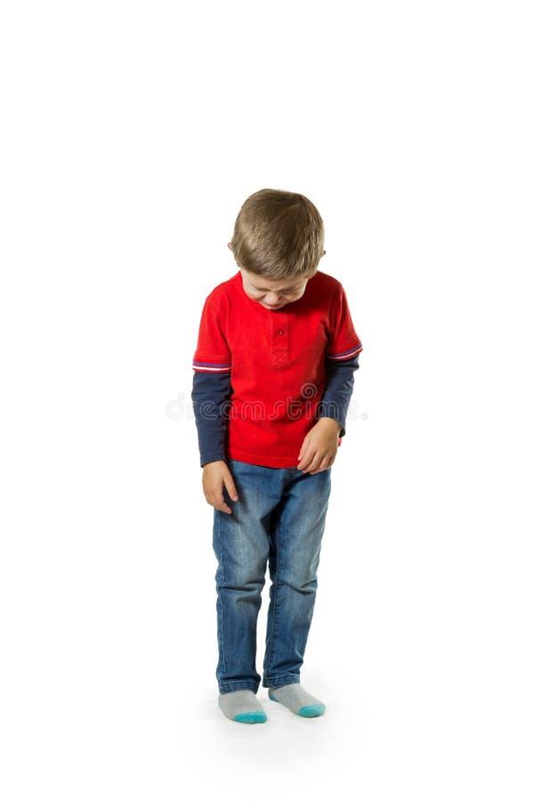 站立的孩子哭泣 免版税库存图片