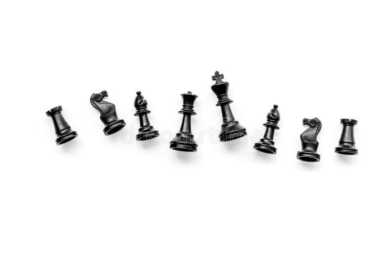 竞争或胜利或者战略概念 在白色背景顶视图样式拷贝空间的棋形象 图库摄影