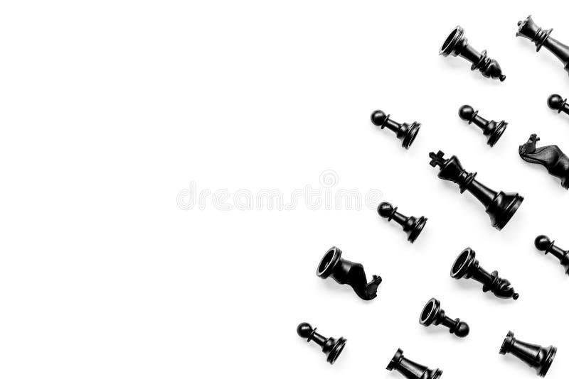 竞争或胜利或者战略概念 在白色背景顶视图样式拷贝空间的棋形象 免版税库存图片