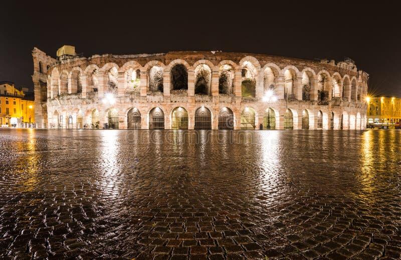 竞技场,维罗纳圆形露天剧场在意大利 库存图片