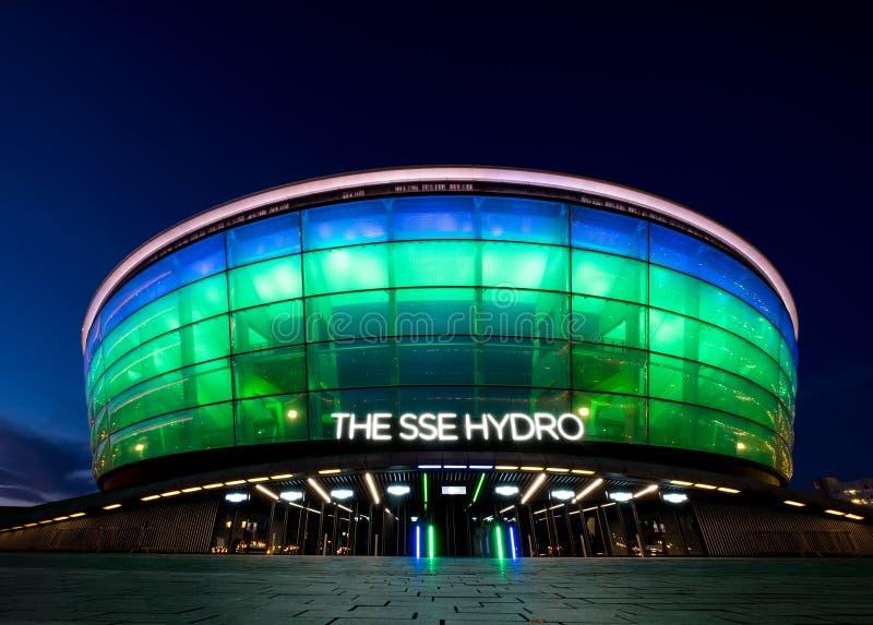 竞技场` SSE与氢结合的`是一个多用途室内竞技场夜光视图在格拉斯哥,苏格兰 库存图片