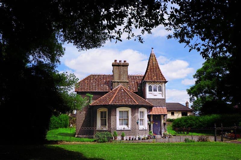 童话房子在森林里 免版税库存照片