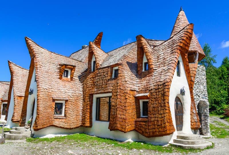 童话Porumbacu村庄黏土城堡,在锡比乌地区, Rom 图库摄影