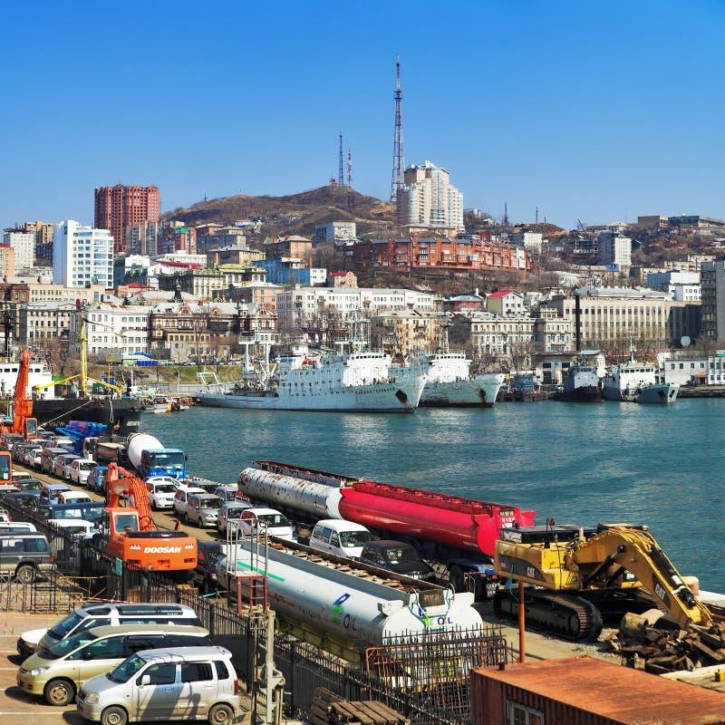 端口俄国海运符拉迪沃斯托克 免版税图库摄影