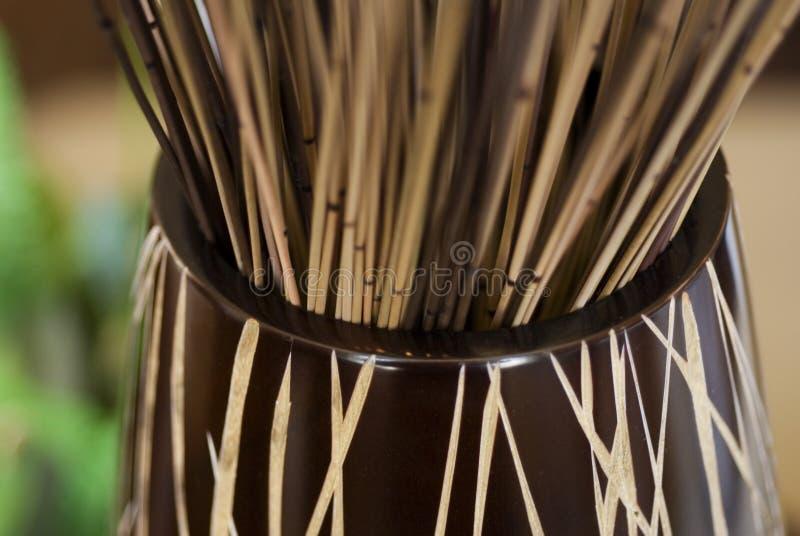 竹显示花瓶 免版税图库摄影