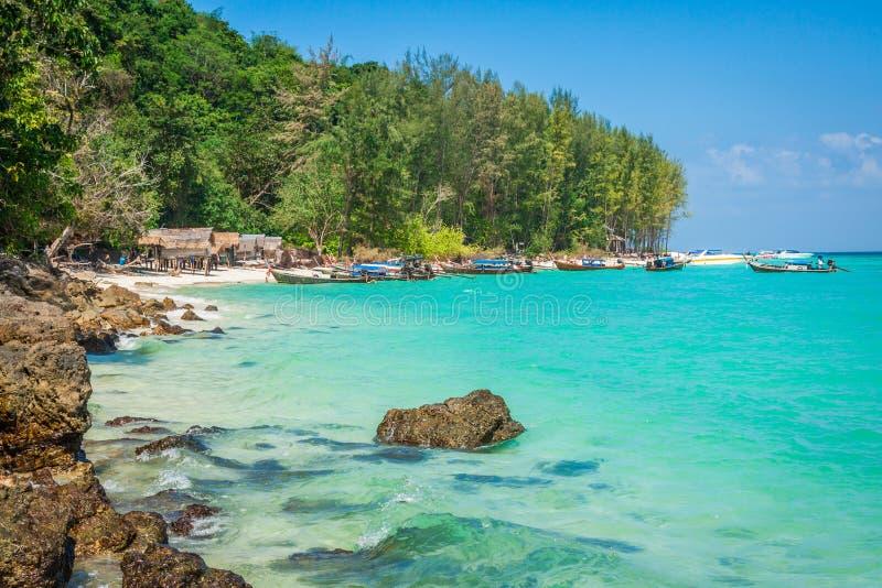 竹海岛是其他一个海岛在安达曼海在发埃酸碱度附近 免版税库存图片