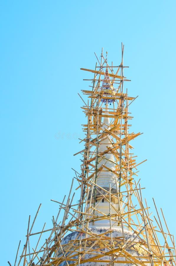 竹chiangmai塔维修服务结构 免版税库存照片