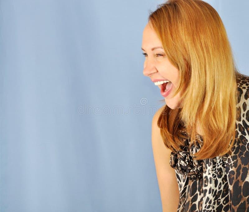 笑的妇女年轻人 免版税库存照片