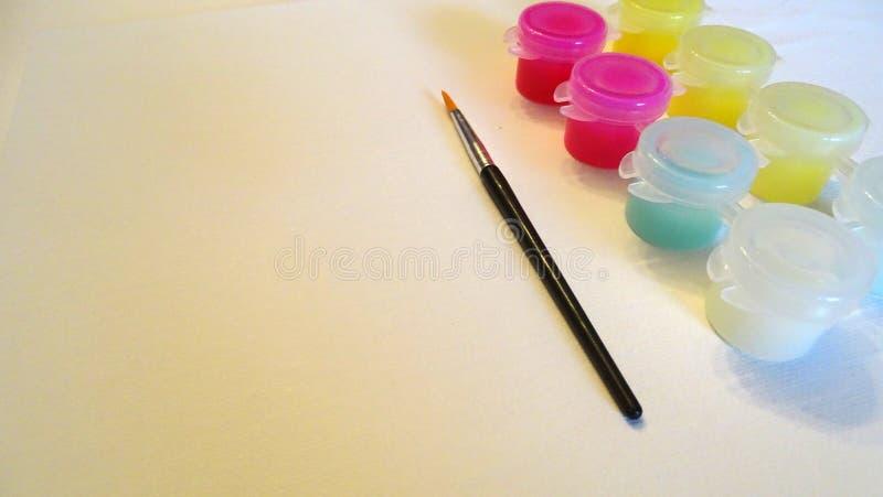 画笔和油漆集合 免版税库存照片