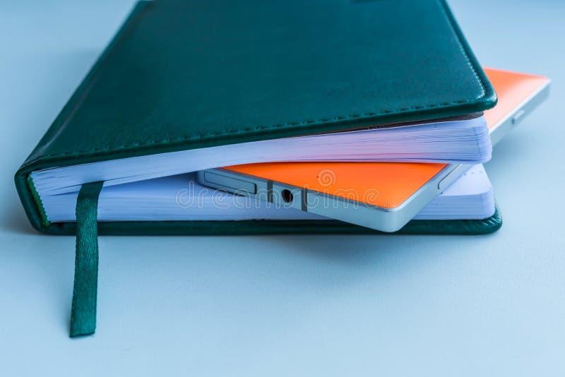 笔记本和手机 图库摄影