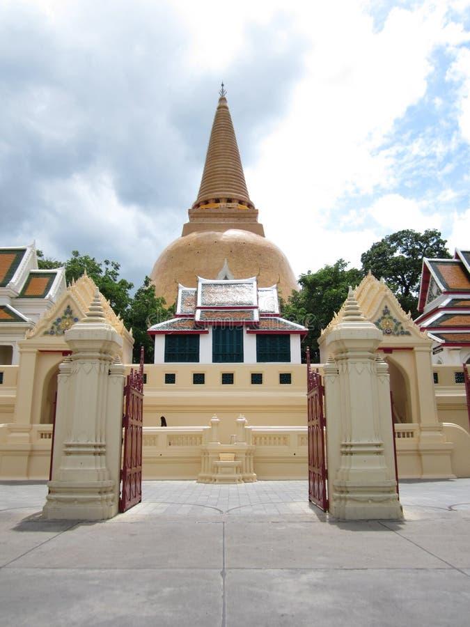 第一个塔寺庙 图库摄影