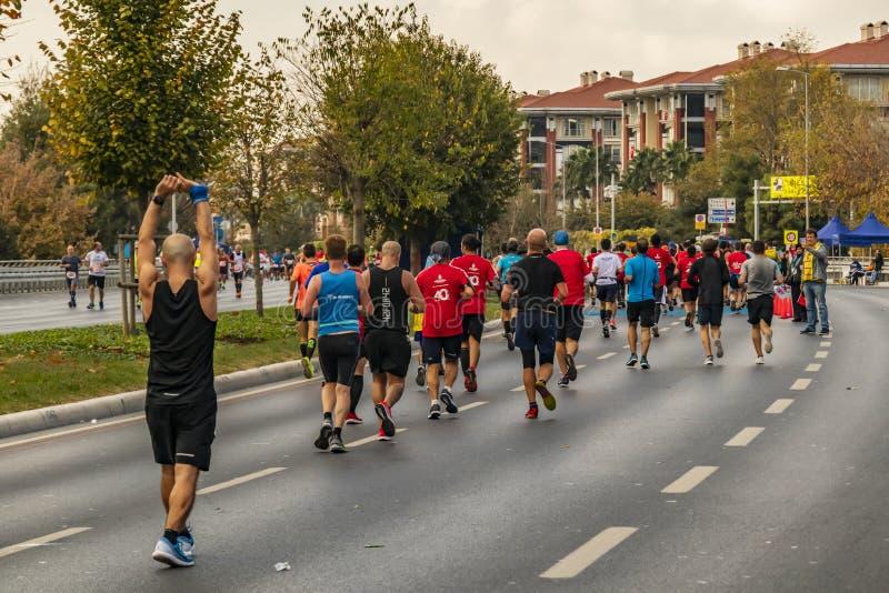 第40场国际伊斯坦布尔马拉松和运动员 免版税库存照片