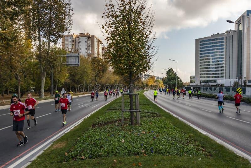 第40场国际伊斯坦布尔马拉松和运动员 免版税图库摄影