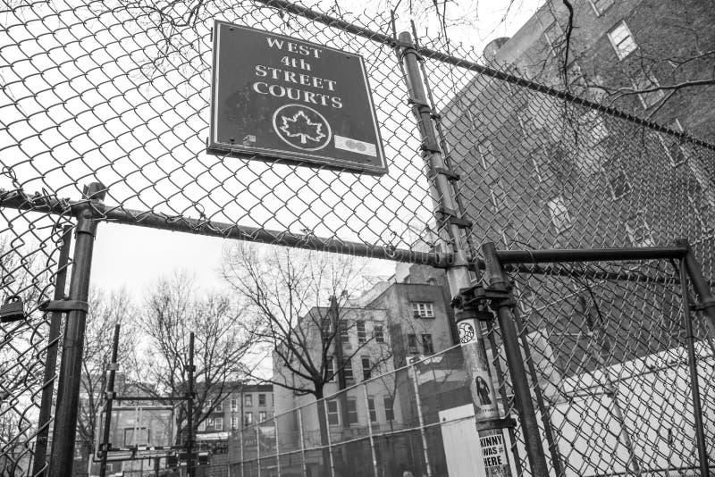 笼子,西部第4个街道法院 库存照片