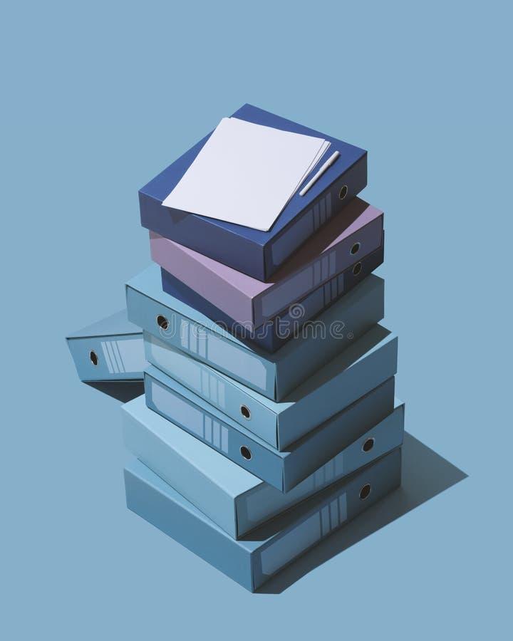 等量堆圆环包扎工具和文件 免版税库存照片
