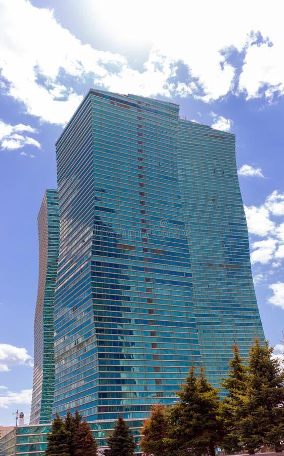建筑元素和大厦的抽象部分和结构在阿斯塔纳 07可以2017年,阿斯塔纳, Kazahstan 免版税库存图片