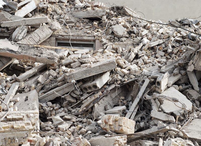 建筑和爆破残骸 库存图片