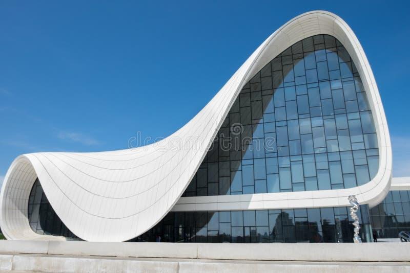 建筑师设计的Haydar阿利耶夫中心萨哈・哈帝 库存图片