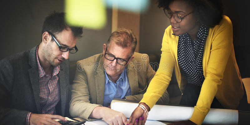 建筑师设计项目会议讨论概念 免版税库存照片